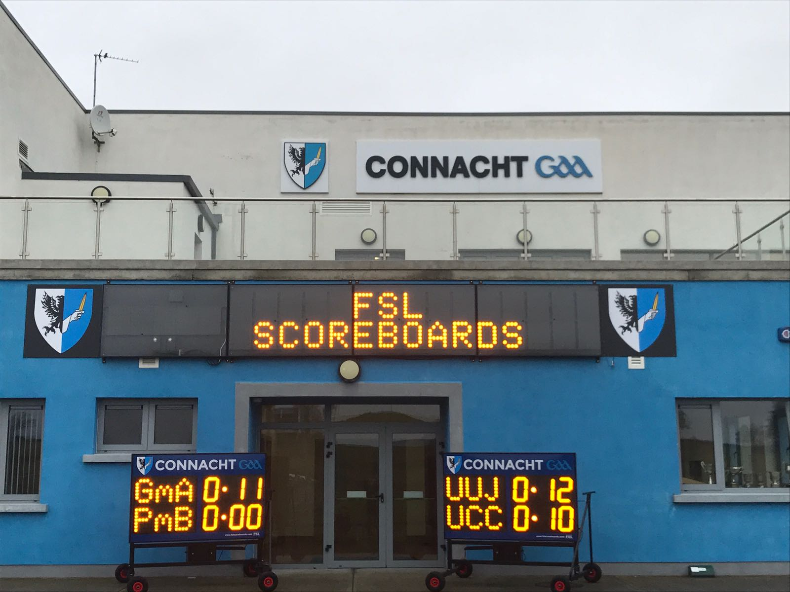 G06: Full Digital Scoreboard with Team Names, Clock and Scrolling Messages Product Image
