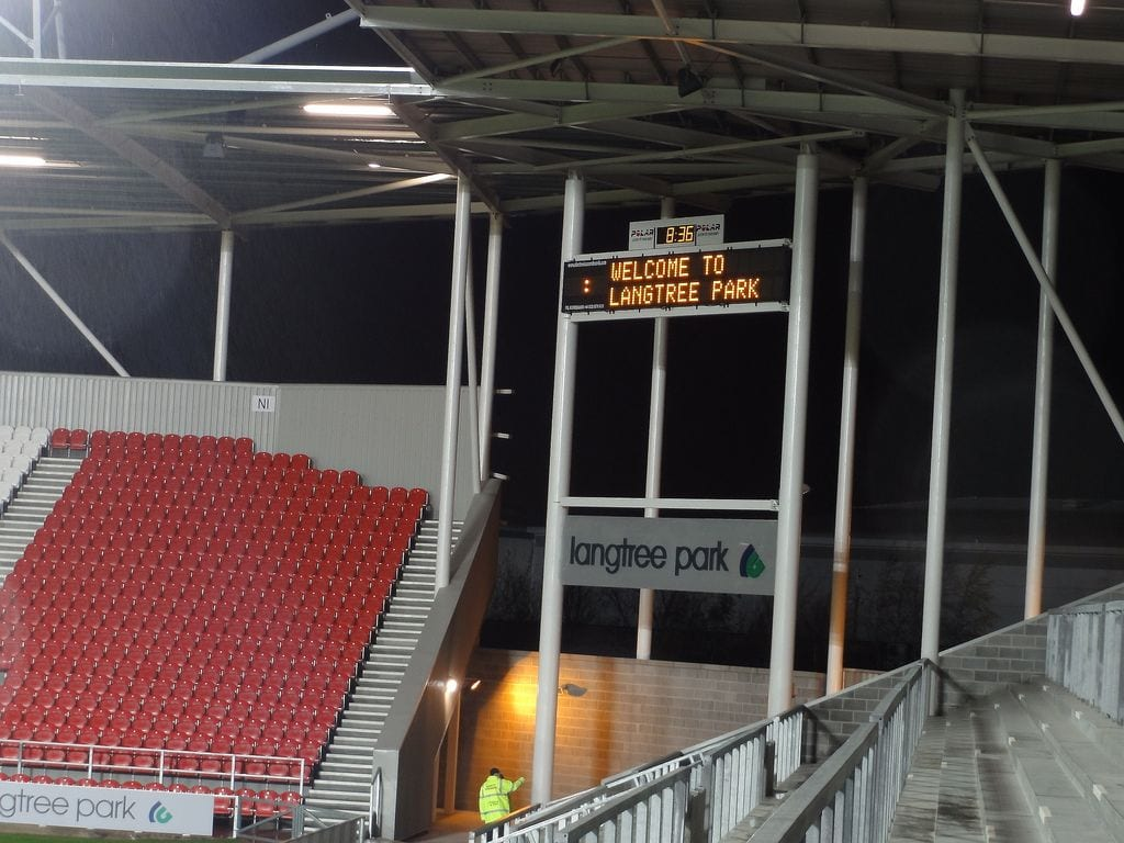 M04: Full Digital Scoreboard with Team Names, Clock and Scrolling Messages Product Image